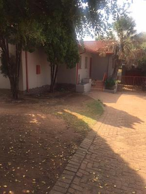 Property For Rent in Witpoortjie, Roodepoort